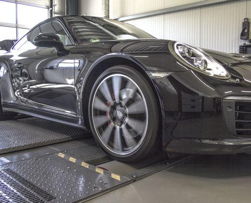 Porsche-911-Carrera-2-04